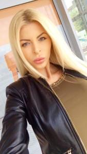 Lela Ceterova: ultimate barbie